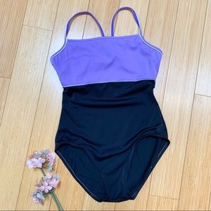 Like new! L.L. BEAN one piece bathing suit, 8.